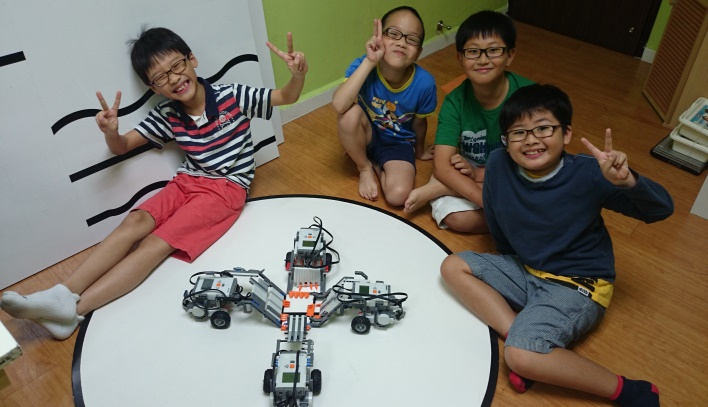robo junior holiday camp